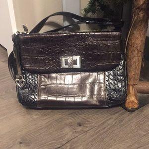 Beautiful Brighton handbag with toggle front
